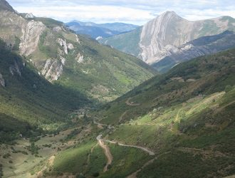 Great Climbs of the Vuelta a Espana Cycling Holiday