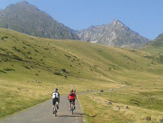Pyrenees Coast to Coast Cycling Tour