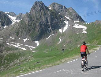 Pyrenees: Classic Cols Cycling Holiday