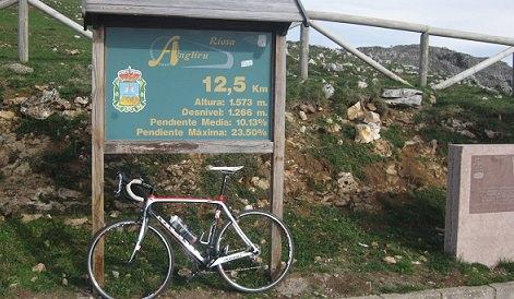 Cycling Great Vuelta Climbs Video