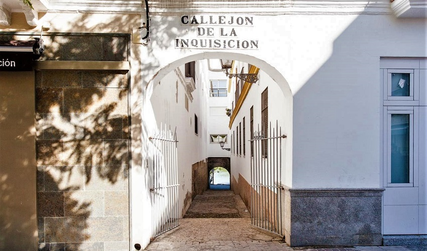 Spanish Inquisition Street