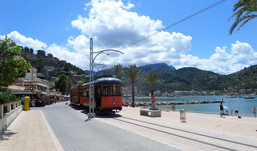 Tram in Port de Sóller
