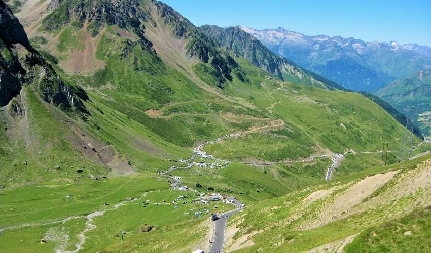 The Road up to Col du Tourmalet