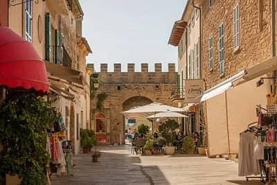 Alcudia City Walls - Mallorca