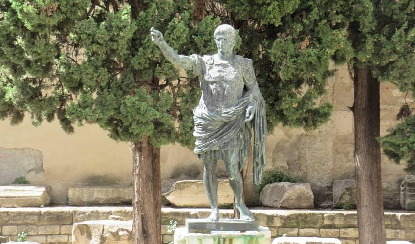 Statue of Augustus - Nimes