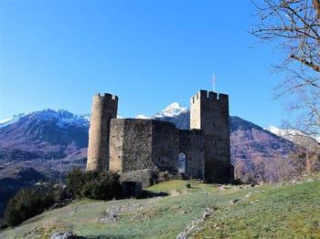 Luz-Saint-Sauveur Castle