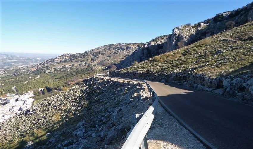 Cueva de los Murciélagos Steep Road