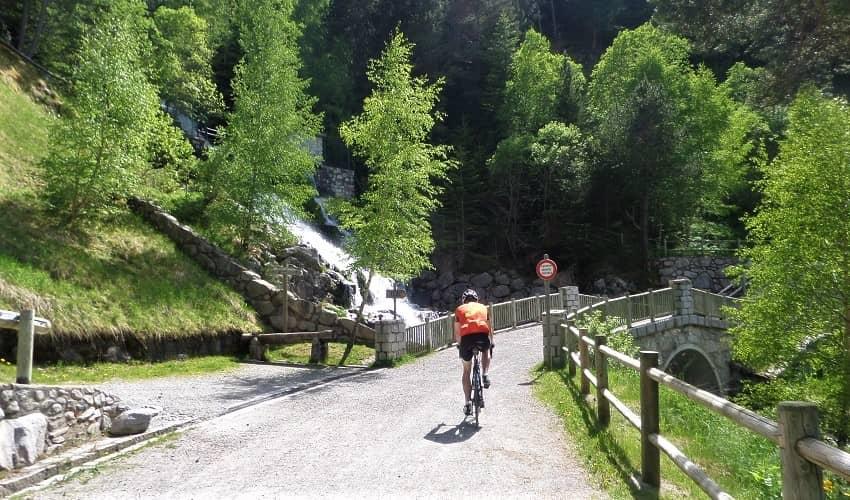 Llac d'Engolasters Andorra Cycling Climb