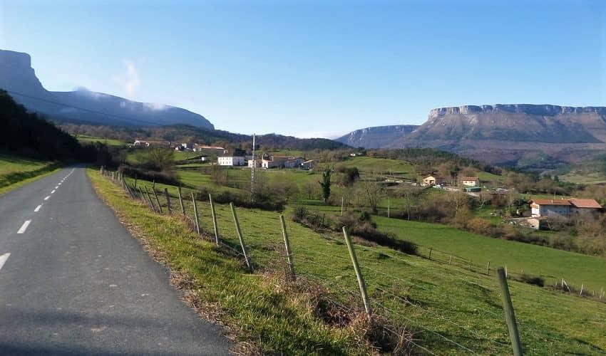 Mendeika from Izoria - Basque Cycling Climb