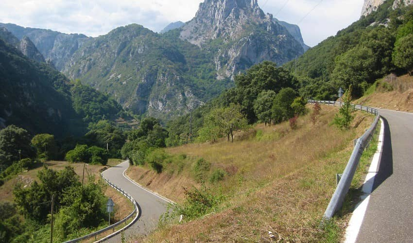 Collado de la Hoz from La Hermida - Cantabria Cycling Climb