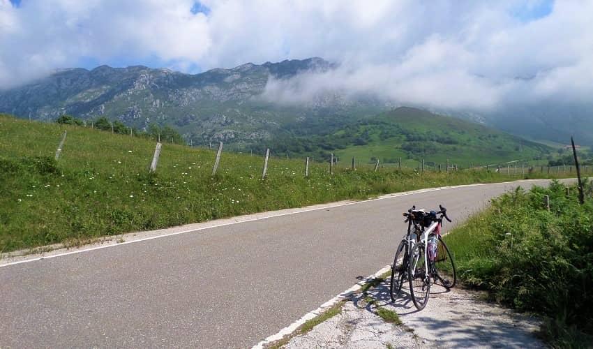 Collado de Ozalba from Puentenansa - Cantabria Cycling Climb