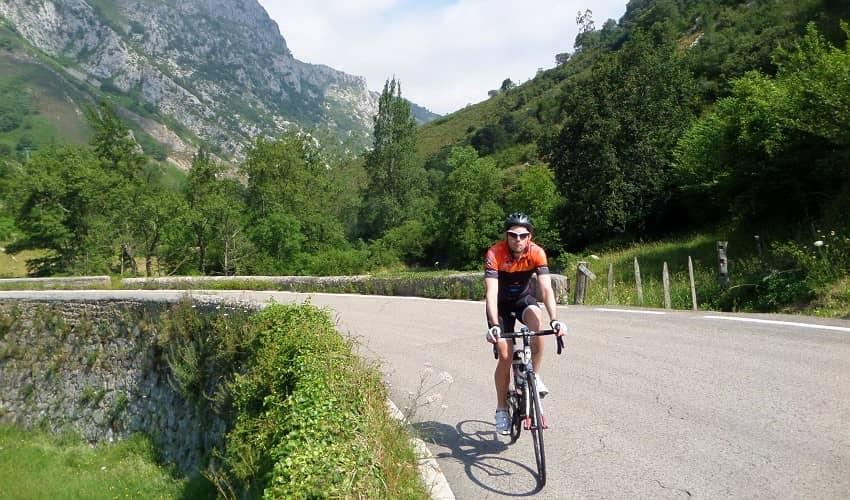 Collado de Ozalba from Quintanilla - Cantabria Cycling Climb