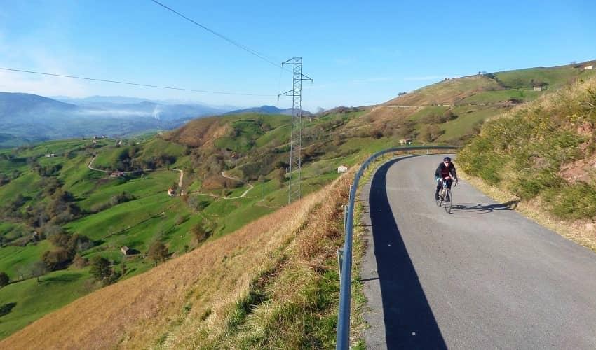 Collado Espina from San Roque - Cantabria Cycling Climb