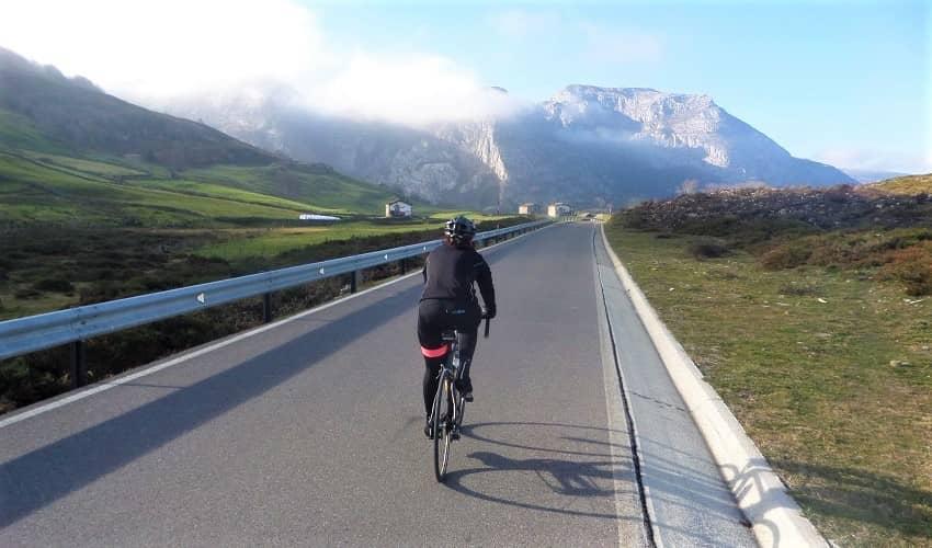 Puerto de la Sía from Espinosa - Castilla y León Cycling Climb