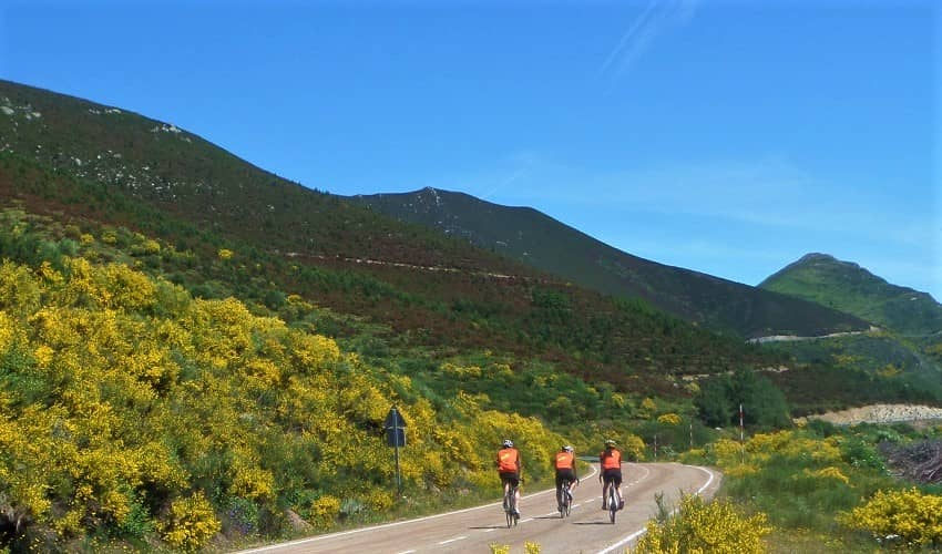 Puerto de Ventana from Torrebarrio - Castilla y León Cycling Climb